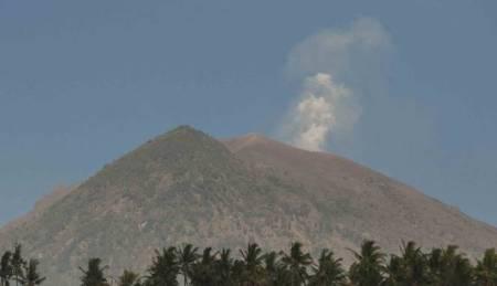 Status Gunung Agung Siaga 3