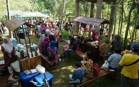 Kuliner Bubur Ketan Durian Pasar Karetan