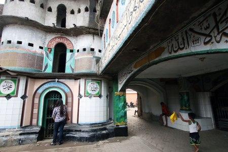Keunikan Masjid Pintu Seribu di Tangerang