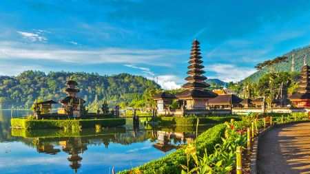 Spot Instagramable Wanagiri Hidden Hills Bali
